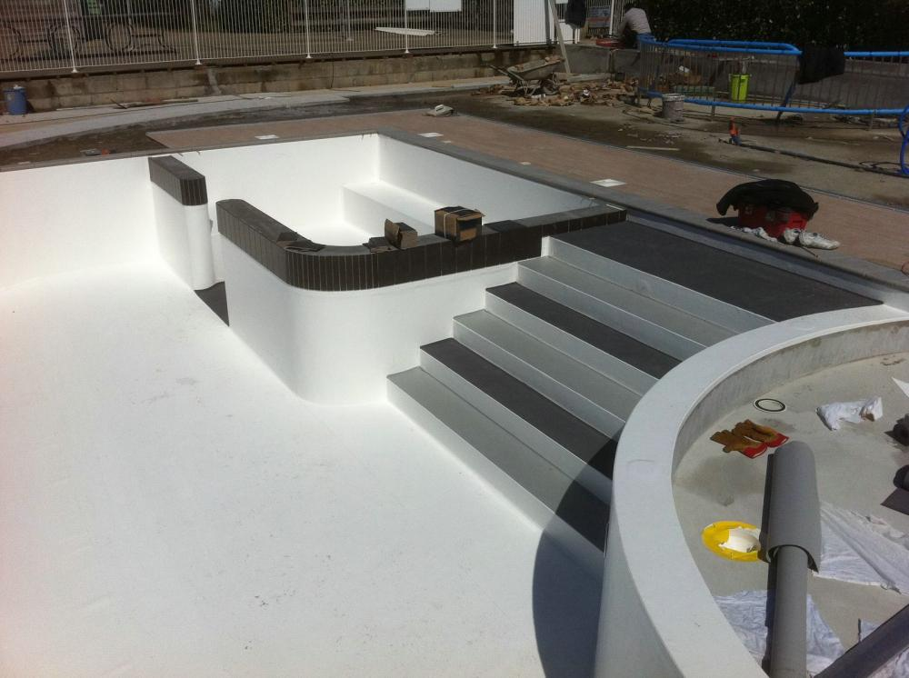 Quelques liens utiles for Liner piscine beton